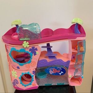 Little pet shop playhouse